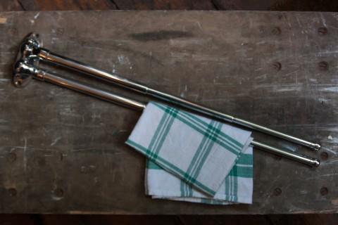 Handtuchhalter mit Teleskophaltern Beispiel