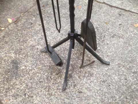 Kaminbesteck mit Halter freistehend aus Stahl   Werkzeuge