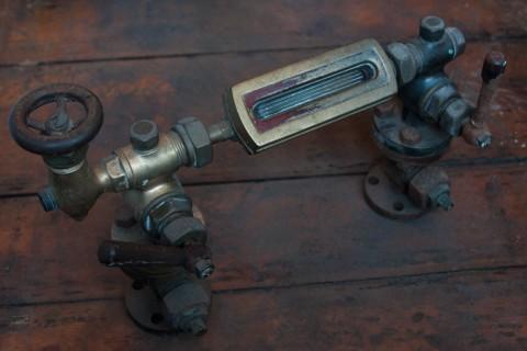 Kessel-Wasserstands-Anzeige um 1900 Seitenansicht