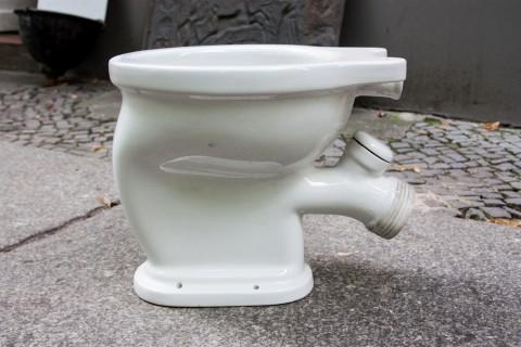 Keramiktoilette weiß emailliert Profil