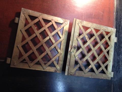 Flügeltüren Ofen Wärmefach aus messing vernickelt Rückseite