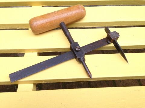 Scheibenschneider Ringschneider Schnei/Anreißzirkel Rückseite