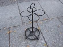 Schirmständer um 1890 aus Stahl und Gußeisen