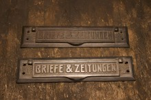 Briefe & Zeitung Türklappe_1