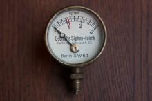 Manometer Deutsche Siphon-Fabrik Hoffmann Schwarz und Co.