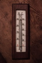 Zimmerthermometer aus Holz