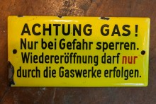 Emailleschild Gas